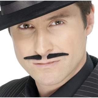 Moustache noire Latino