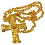 Collier avec croix en or